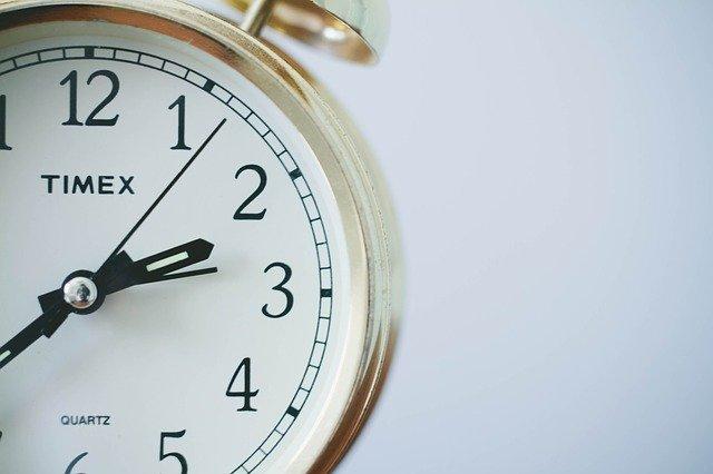 zegary stojące